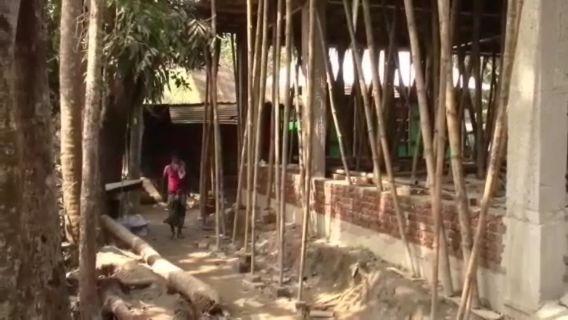 চাঁদপুর রাজারগাঁও চাঁদার দাবিতে মিথ্যা মামলায় বসতঘর নির্মাণে বাধা